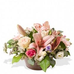 Assemblage de fleurs piquées