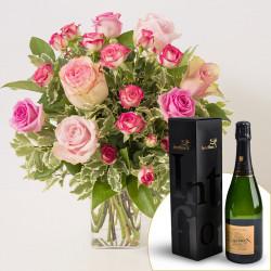 Blumenstrauß der Liebe und Champagne Devaux